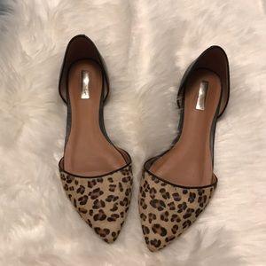 Halogen worn once cheetah fur flats